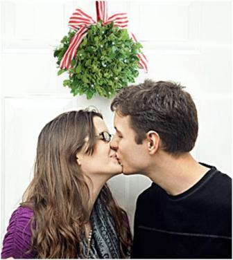 mistletoe kiss.jpg